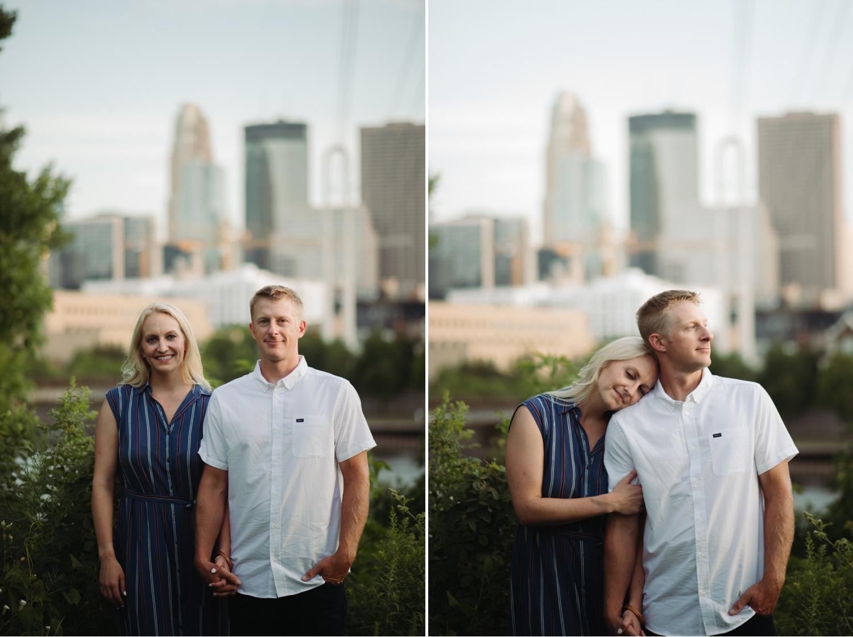 Engagement photos view of Minneapolis skyline summer